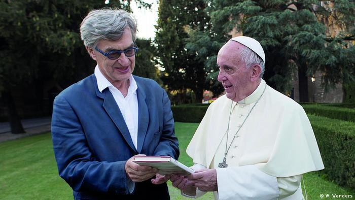 Wim Wenders and the pope (W. Wenders)