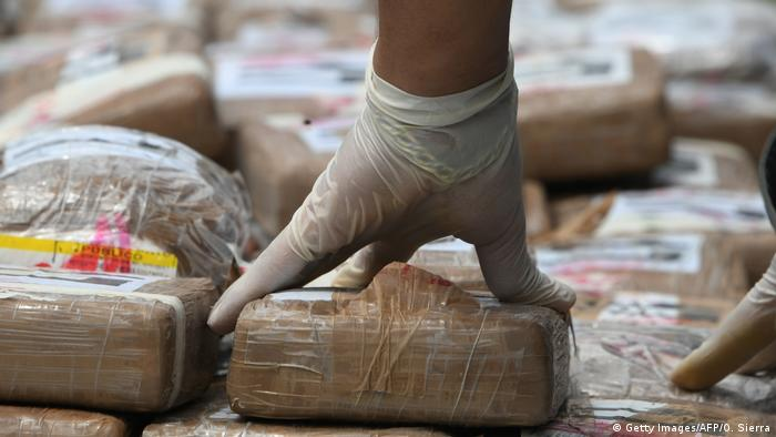 Symbolbild Drogenfund Kokain (Getty Images/AFP/O. Sierra)