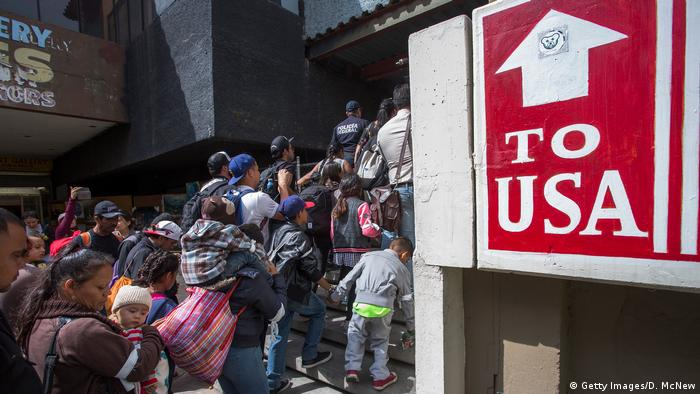 Flüchtlinge US-Grenze bei Tijuana (Getty Images/D. McNew)