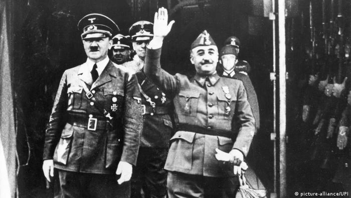 Adolf Hitler and Francisco Franco meet on the France-Spain border in 1940