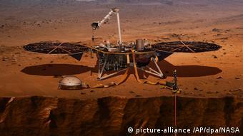 Исследовательский посадочный аппарат с сейсмометром, доставленный на Марс в 2018 году миссией NASA Insight