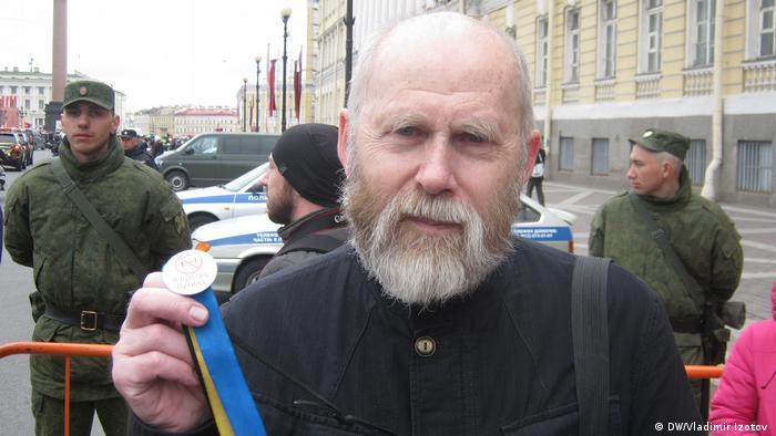Участник митинга Он нам не царь в Санкт-Петербурге Валентин.