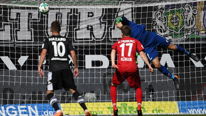 Deutschland Borussia Mönchengladbach - SC Freiburg (picture-alliance/dpa/Federico Gambarini)