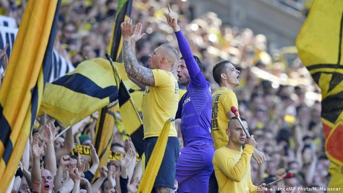 Dortmund BVB Abschied Roman Weidenfeller (picture-alliance/AP Photo/M. Meissner)