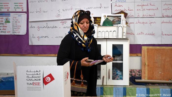 Arap kaosunun gölgesinde Tunus seçimleri