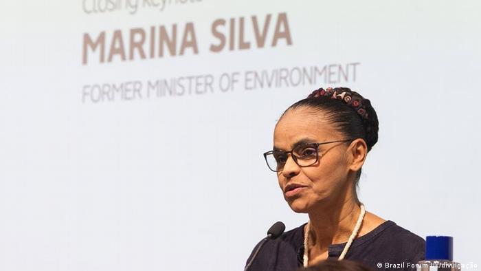 Marina Silva durante fórum em Oxford: Político honesto no Brasil trabalha depois que acaba o mandato