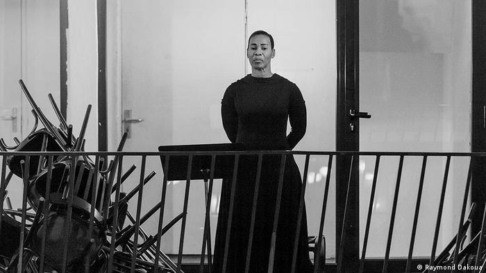 Danielle Gabou interprète tous les personnages du roman de Maryse Condé, accompagnée au piano par Lise Diou