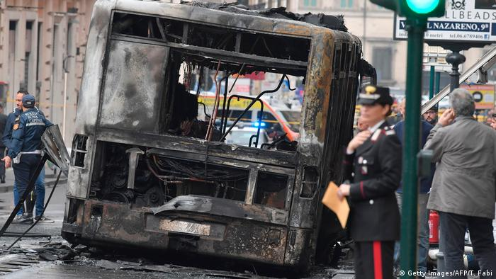 Burned out shell of a public bus in Rome (Getty Images/AFP/T. Fabi)