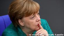 Deutschland Angela Merkel im Bundestag