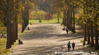 Outono no Parque no rio Ilm em Weimar