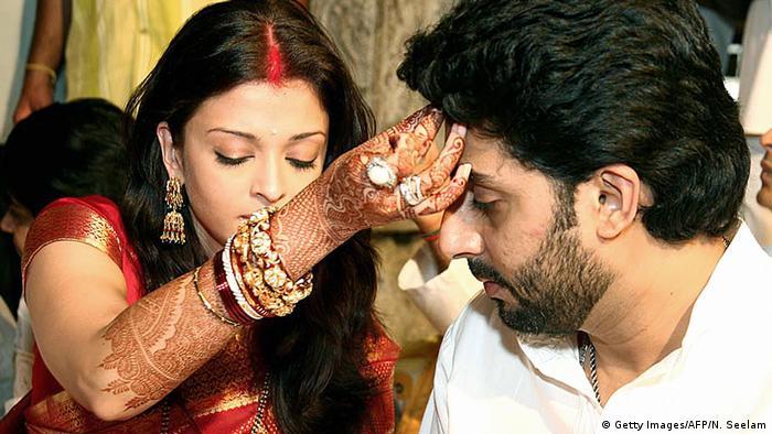 Indien Tirupati - Hochzeit von Abhishek Bachchan und Aishwarya Rai (Getty Images/AFP/N. Seelam)