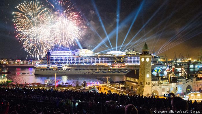 En ciudades como París, Atenas y Londres hace tiempo se prohibió el uso privado de fuegos de artificio.
