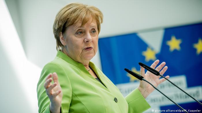 Merkel Kreisvorsitzendenkonferenz der CDU (picture-alliance/dpa/M. Kappeler)