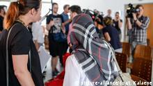 Berlin Prozess Kopftuchverbot in Schule | Zeynep Cetin, Netzwerk gegen Diskriminierung und Islamfeindlichkeit