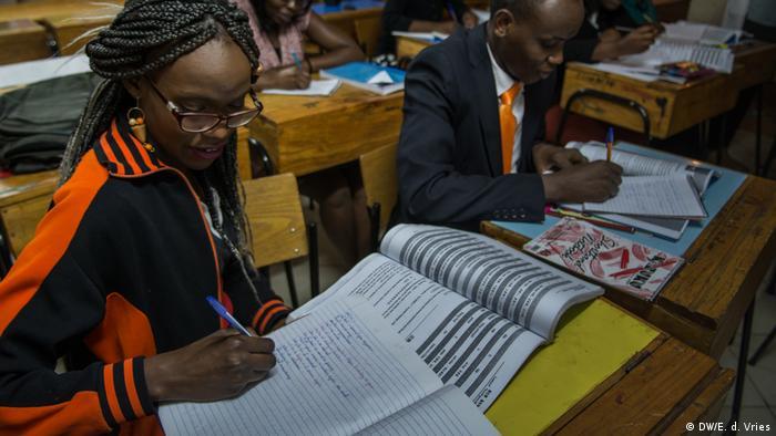 Nairobi - China in Afrika (DW/E. d. Vries)