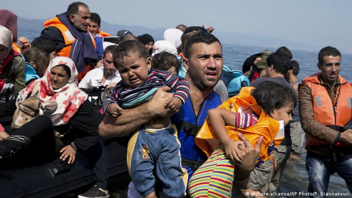 Čamac s izbjeglicama
