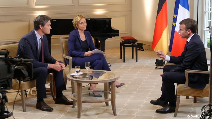 Preşedintele francez Emmanuel Macron în interviu cu DW şi ARD