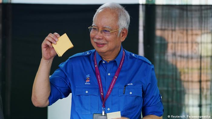 Malaysia Wahl Premierminister Najib Razak (Reuters/A. Perawongmetha)