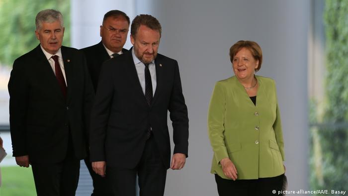 Deutschland   Bundeskanzlerin Merkel trifft Mitglieder des bosnischen Staatspräsidiums