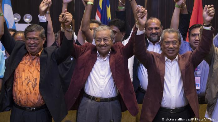 Malaysia | Malaysia Wahlsieger Mahathir Mohamad (picture-alliance/AP Photo/V. Thian)
