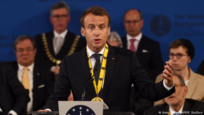 Macron winning Charlemagne Prize (Getty Images/AFP/P. Stollarz)