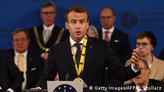 Ο Πρόεδρος Εμμανουέλ Μακρόν στην τελετή απονομής του βραβείου Καρλομάγνου