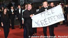 71. Filmfestival in Cannes Premiere vom Film Leto | Protestaktion