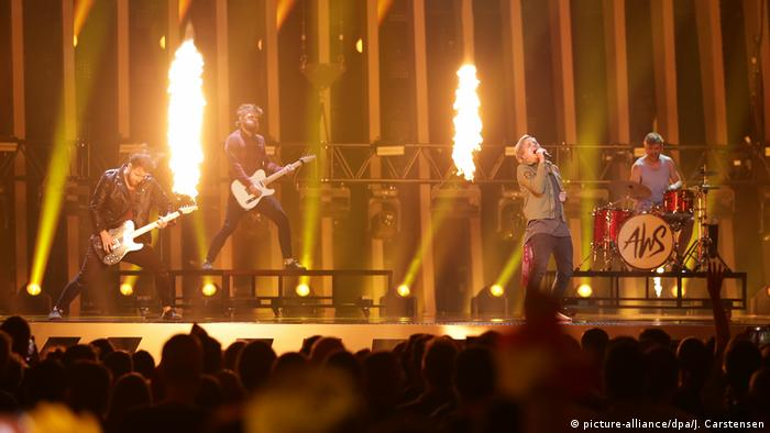 AWS from Hungary perform at the Eurovision Song Contest | AWS, Ungarn (picture-alliance/dpa/J. Carstensen)