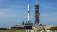 10.05.2018 *** This photo provided by SpaceX shows a Falcon 9 at Kennedy Space Center in Cape Canaveral, Fla., Thursday, May 10, 2018. SpaceX has delayed the launch debut of its upgraded workhorse rocket. The latest version of the Falcon 9 was supposed to blast off Thursday from Florida's Kennedy Space Center, carrying the first satellite ever for Bangladesh. But the countdown came to an abrupt halt with just 58 seconds remaining. SpaceX says it will try again Friday. (SpaceX via AP)  
