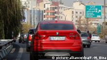 A BMW being driven in Tehran, Iran (picture-alliance/dpa/F.-M. Bina)