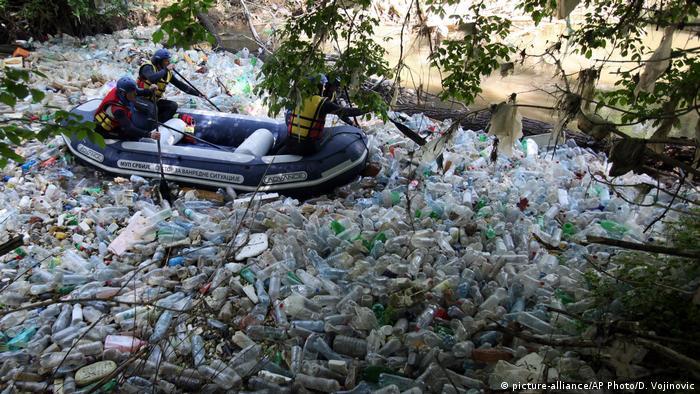 Umweltverschmutzung in Serbien (picture-alliance/AP Photo/D. Vojinovic)