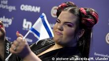 Singer Netta of Israel with song Toy qualified for the Saturday's final from the First semi-final of The Eurovision Song Contest in Lisbon, Portugal on May 9, 2018. LEHTIKUVA / MARKKU ULANDER - FINLAND OUT. NO THIRD PARTY SALES. Foto: Markku Ulander/Lehtikuva/dpa |