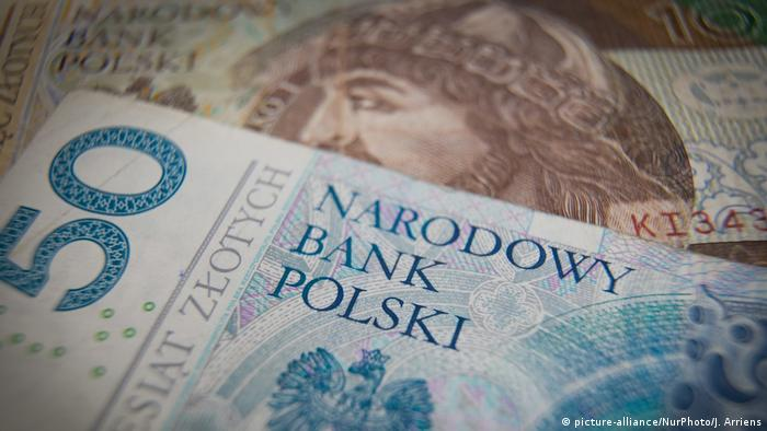 Zloty bills, Poland's currency