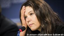 ARCHIV 2014 *** Ukrainian singer and Euromaidan activist Ruslana Lyzhychko speaks during a joint press conference at the European Parliament in Brussels, Belgium on 08.09.2014 The press conference focused on the topic of War against European choice. by Wiktor Dabkowski | Verwendung weltweit