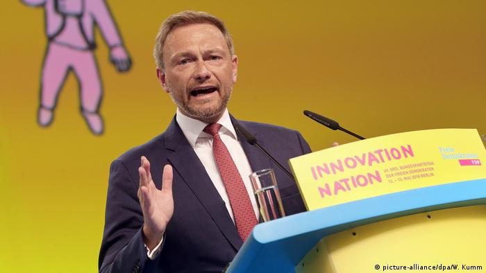Christian Lindner at the FDP party convention in Berlin in 2018 (picture-alliance/dpa/W. Kumm)