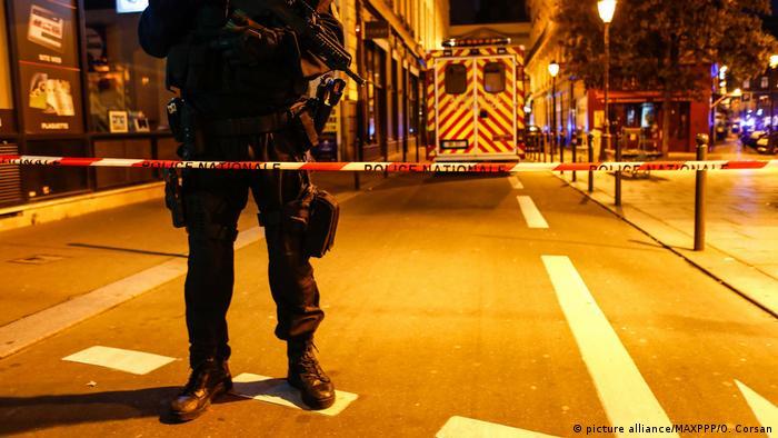 Paris Tote und Verletzte bei Messerattacke