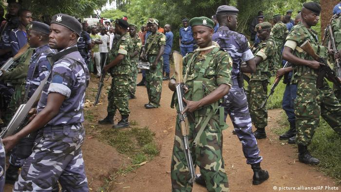Security forces in Cibitoke (picture-alliance/AP Photo)