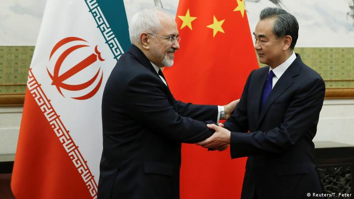 China Mohammed Dschawad Sarif, Außenminister Iran mit Wang Yi, Außenminister