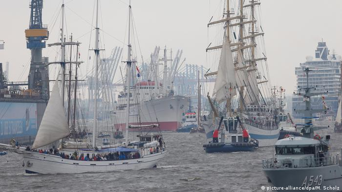 Sailing vessels taking part in the annual ship parade in Hamburg