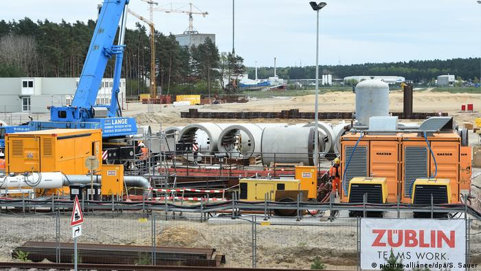 Nord Stream 2-Baustelle in Lubmin (picture-alliance/dpa/S. Sauer)