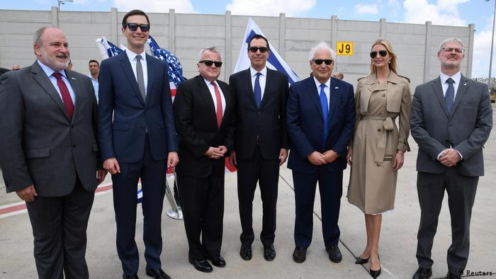 Israel: Ivanka Trump, David Friedman, Steven Mnuchin am Ben Gurion International Airport (Reuters)
