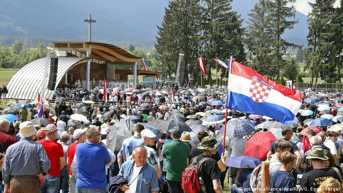Gedenkveranstaltung kroatischer Nazi-Einheiten in Österreich (picture-alliance/dpa/APA/G. Eggenberger)