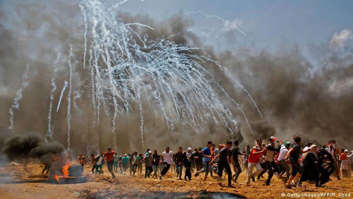 Israel Palästinensische Protestierende (Getty Images/AFP/M. Abed)