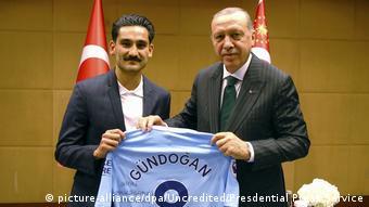 Erdogan com Gundogan