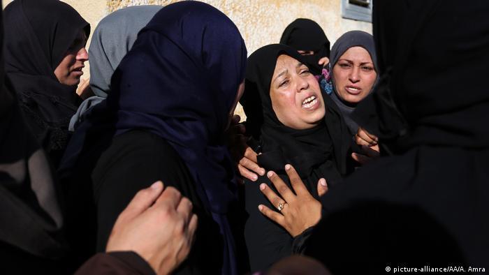 Gaza Israel Konflikt - Beerdigung (picture-alliance/AA/A. Amra)