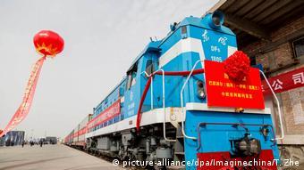 China Zug der China Railway Express fährt nach Iran