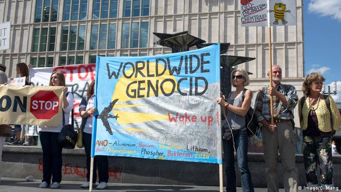 Protest protiv kemtrejlsa u Berlinu, avgust 2013.