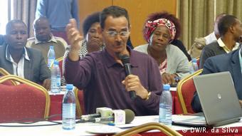 Mozambik Treffen von Zivilgesellschaft und Politikern zur Dezentralisierung der Regierung | Gulan Taju (DW/R. da Silva)
