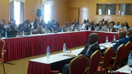 Image result for Descentralização em Moçambique significa mais independência para o poder local?