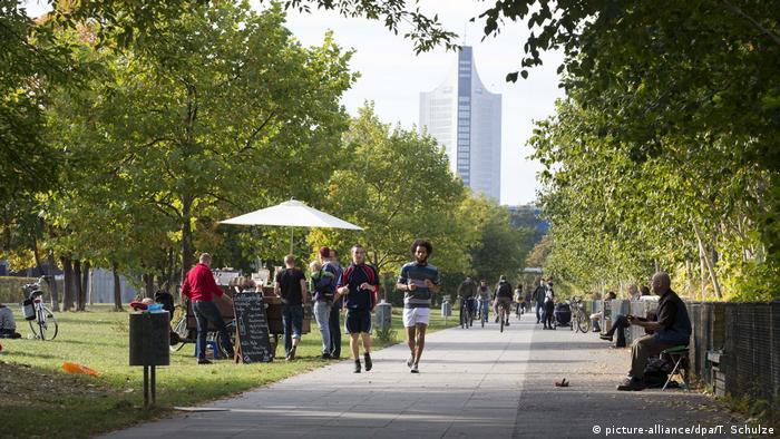 Lene Voigt Park in Leipzig Reudnitz (picture-alliance/dpa/T. Schulze)